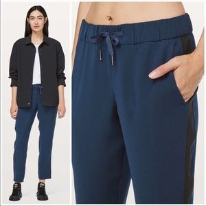 Lululemon In The Fly Pant Woven Track Stipe Navy